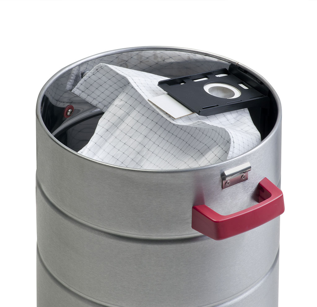 Staubsaugeranlage: Tonne mit Filtersack